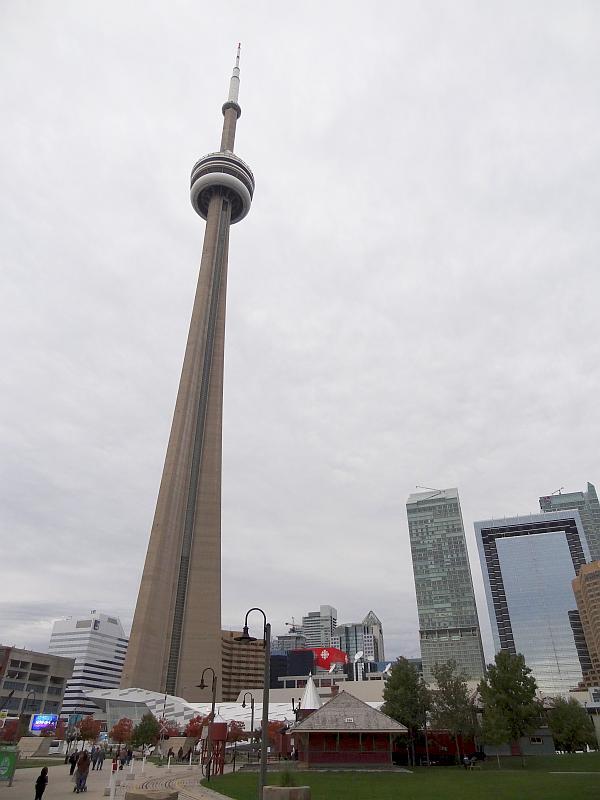 CN Tower - Toronto und Niagarafälle