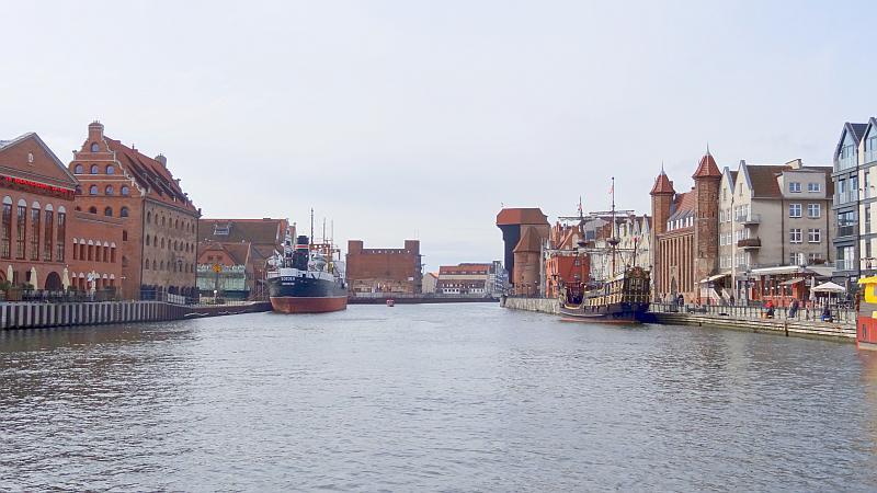 Uferpanorama am Motława-Fluss