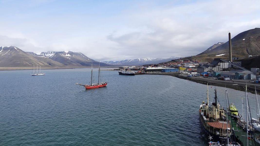 Jahresrückblick 2015 - Hafen von Spitzbergen