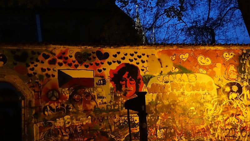 Die John-Lennon-Mauer