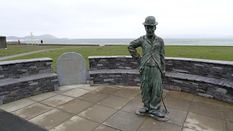 Charlie-Chaplin-Statue in Waterville