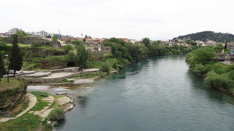 Die Morača in Podgorica