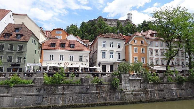 Slowenien - Uferpromenade von Ljubljana