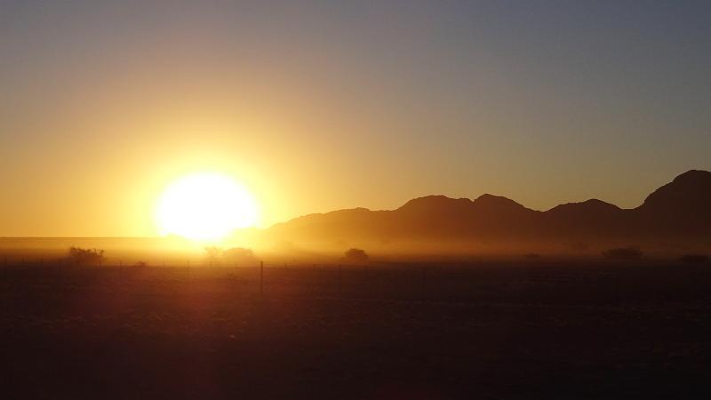 Sonnenuntergang über Hardap
