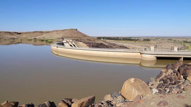 Naute-Staudamm in Karas