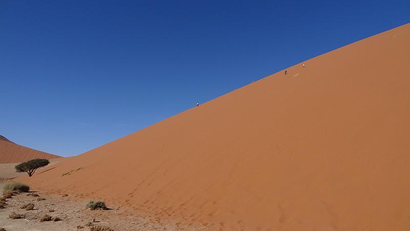 Abstieg von der Düne 45