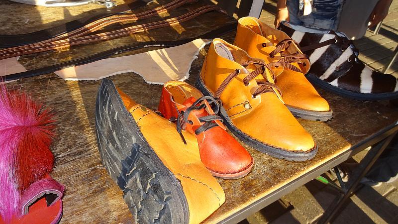 Schuhe auf dem Markt in Windhoek