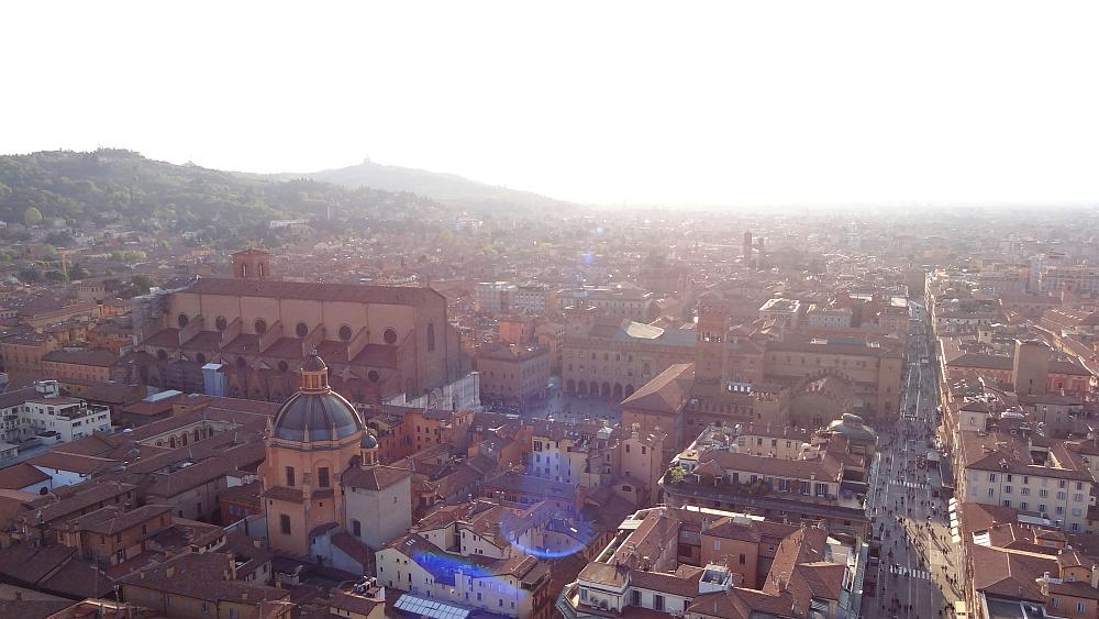 Bologna Torre Asinelle - Roadtrip Italien