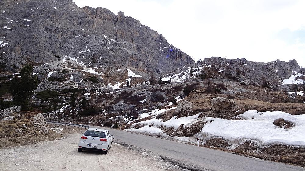 Bergpass Dolomiten - Roadtrip Italien