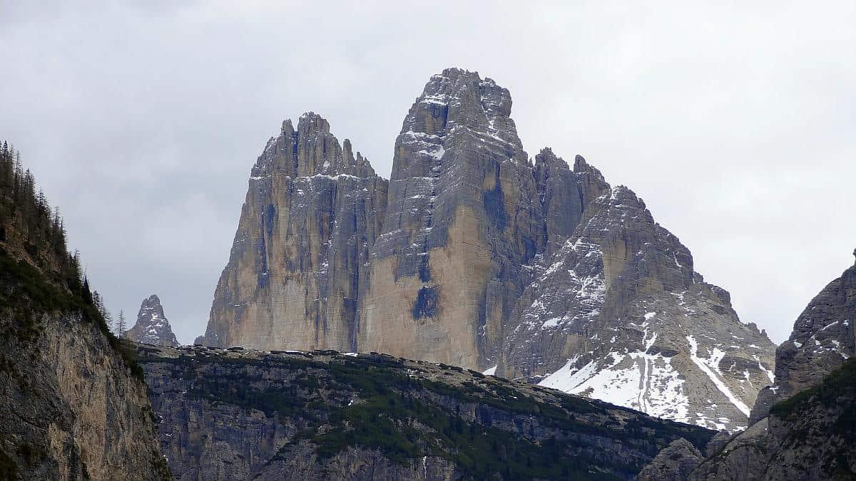 Drei-Zinnen-Blick - Frühling in den Dolomiten