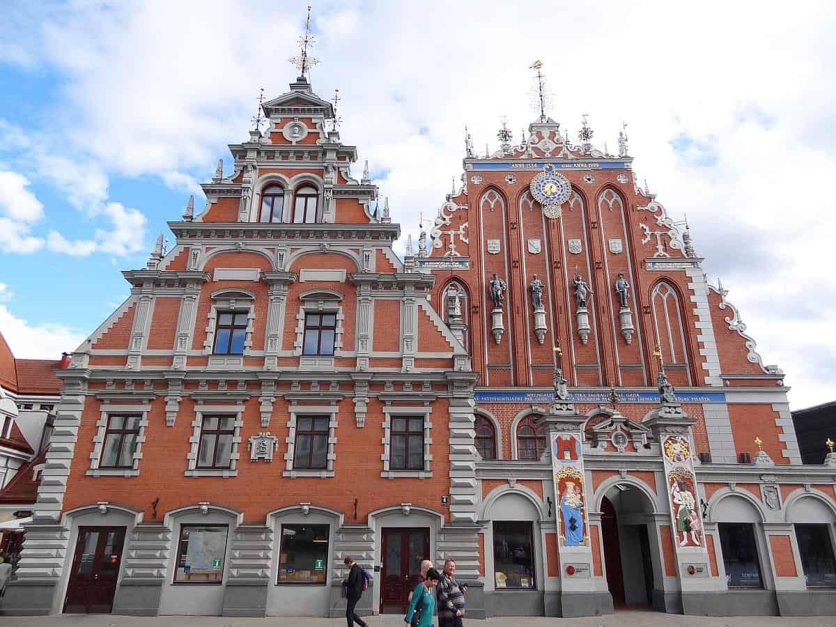 Schwarzhäupterhaus in Riga - Roadtrip durchs Baltikum
