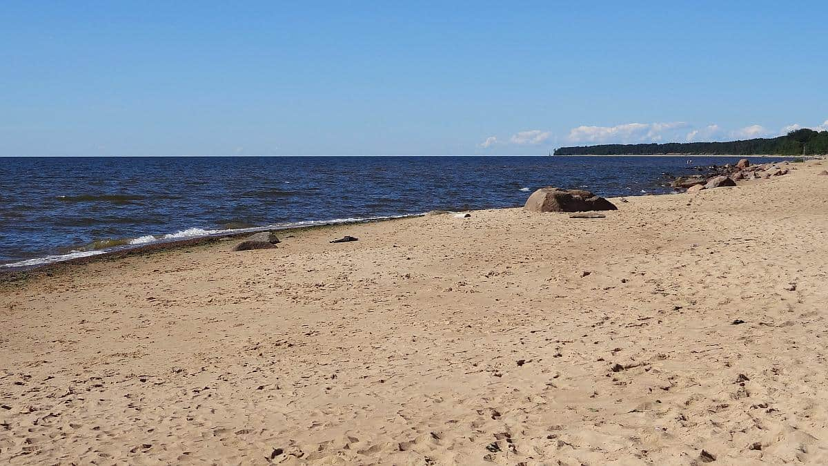 Strand in Vidzeme - Roadtrip durchs Baltikum