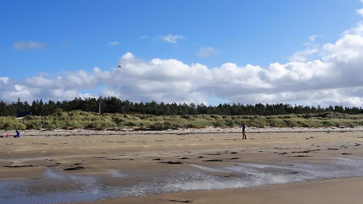Familienspaß am Murvagh Beach