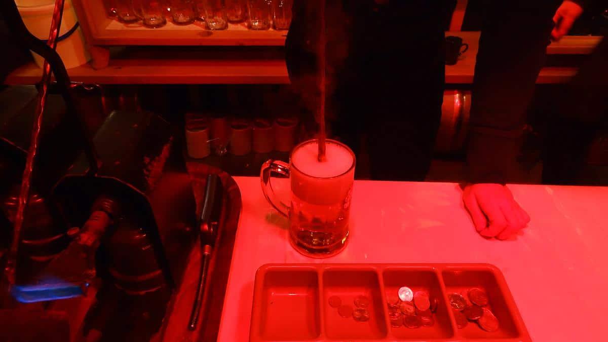 Gestacheltes Bier - Welser Weihnachtswelt