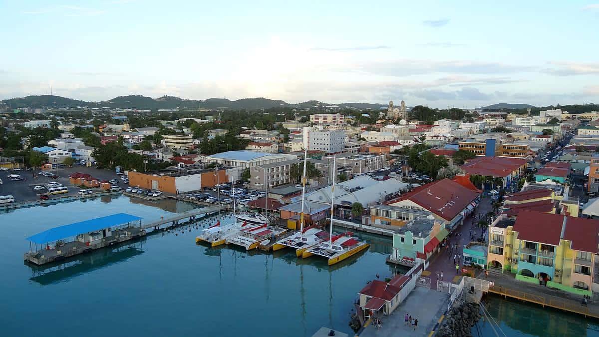St. John's in der Abendsonne, Antigua