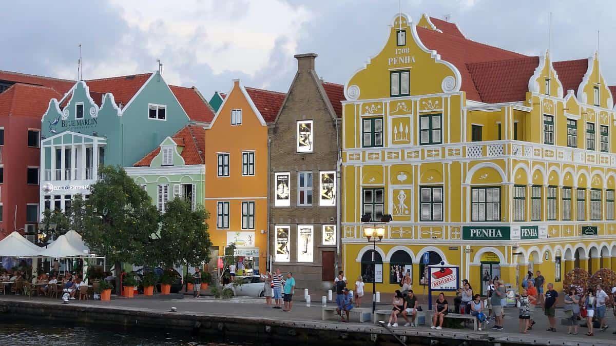 Hafenpromenade Willemstad
