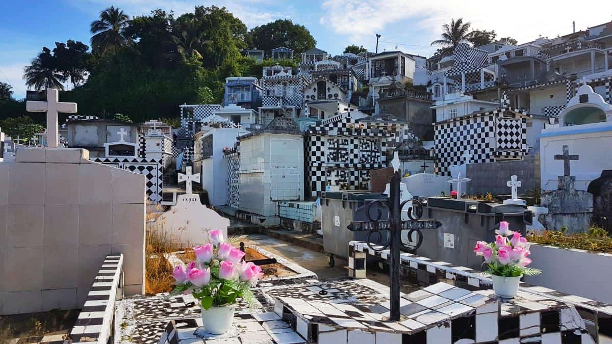 Friedhof in Morne-à-l'Eau, Guadeloupe