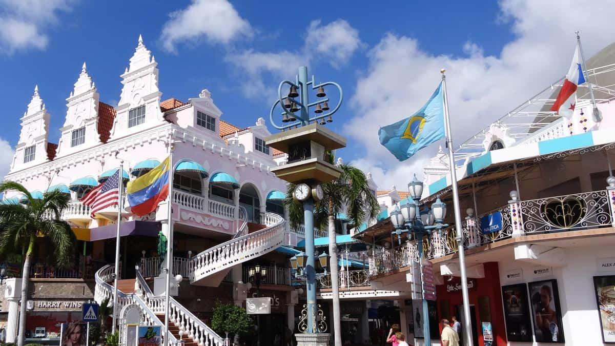 Royal Plaza Mall, Oranjestad, Aruba -Ein Tag auf Aruba: Die Highlights im Norden der Karibikinsel