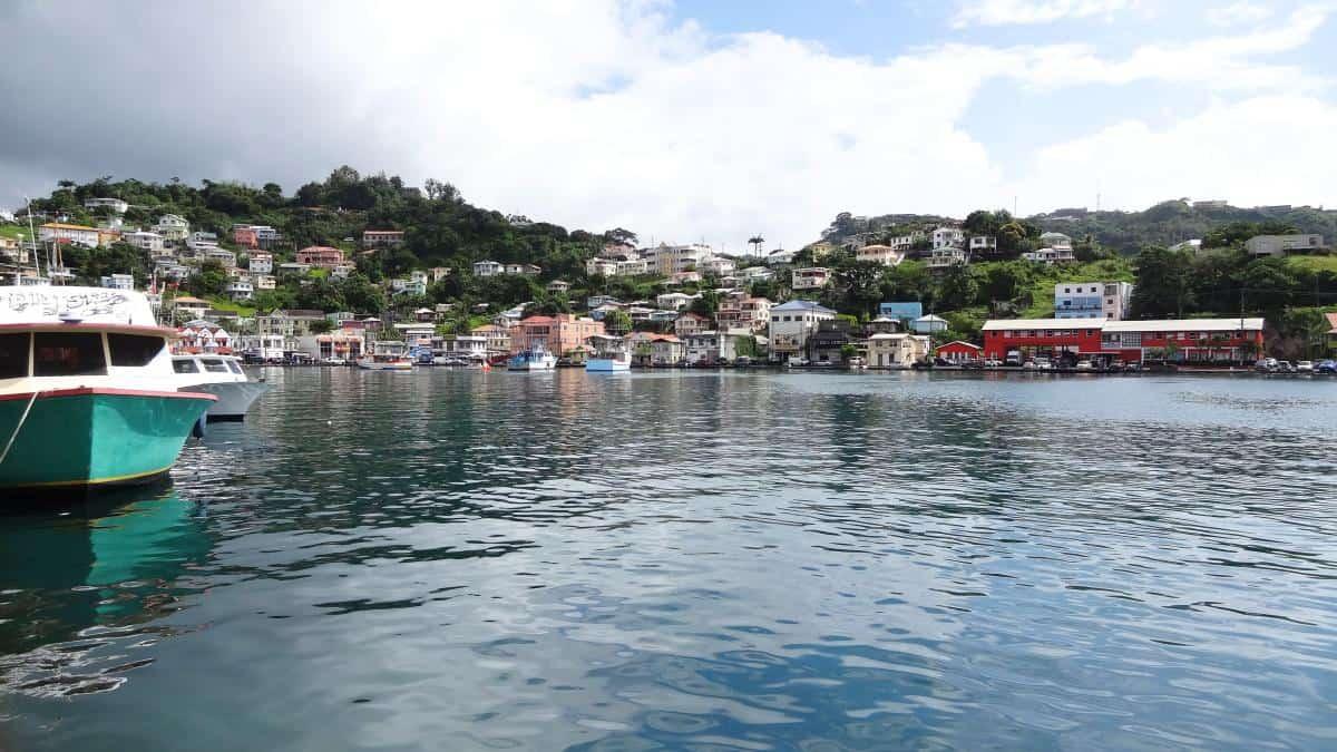 Blick auf Carenage, Hafenbucht, St. George's, Grenada