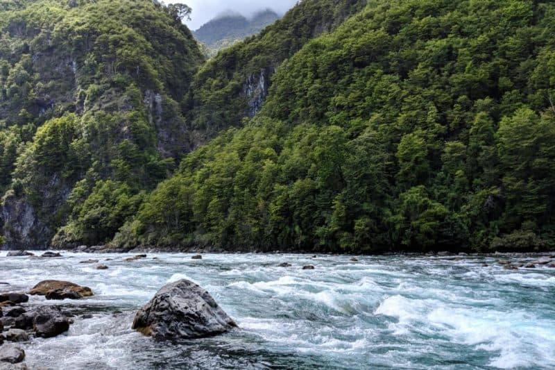 Stromschnellen des Petrohue-Flusses