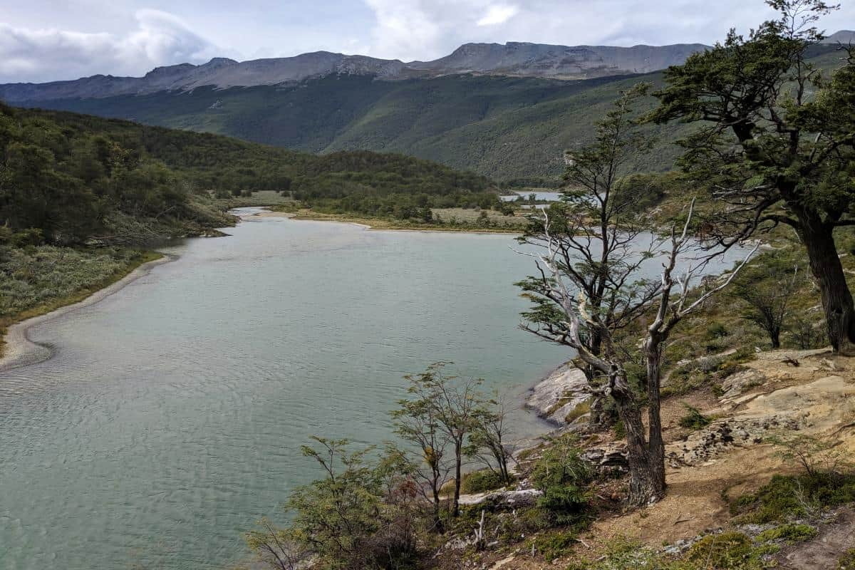 Blick über die Laguna Verde im Tierra-del-Fuego-Nationalpark