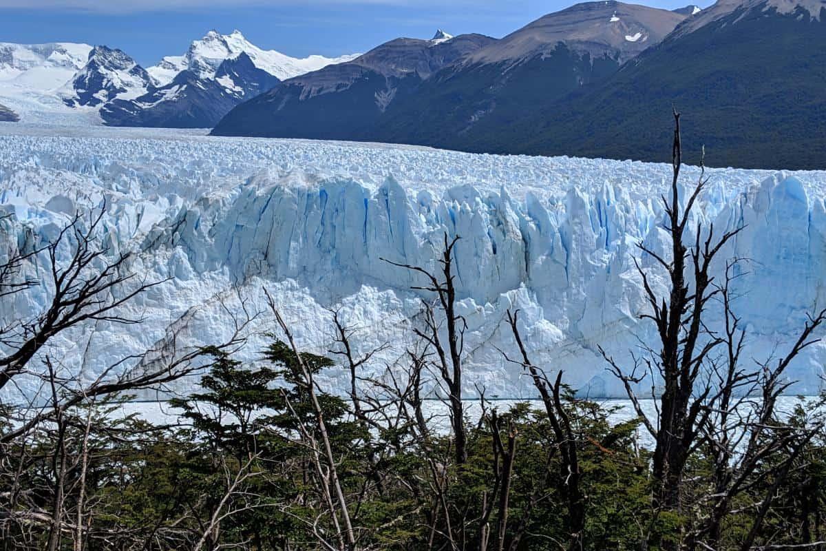 Gletscherspalten in der Abbruchkante des Perito-Moreno-Gletschers