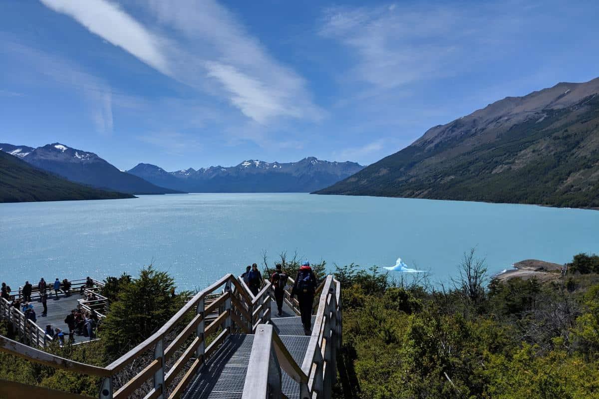 Aussicht über den Lago Argentino vom Paseo de la costa