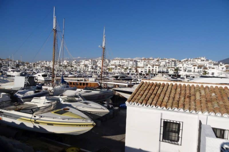 Der Yachthafen in Puerto Banús an der Costa del Sol, Andalusien