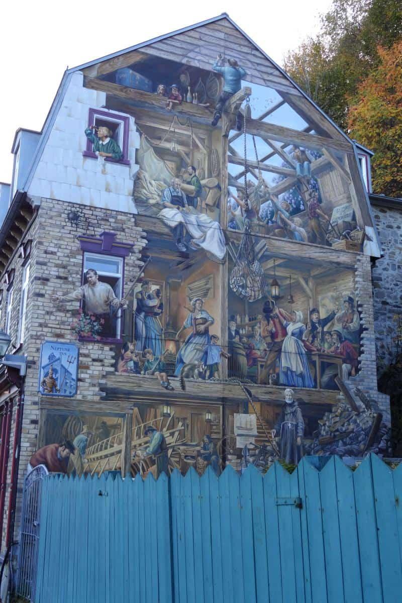 Wandmalerei mit Szenen aus der Zeit der Stadtgründung