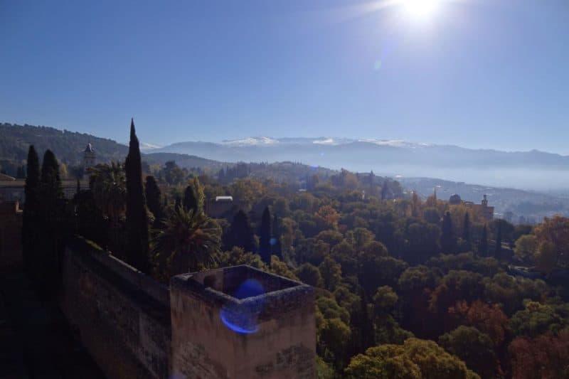 Ausblick von der Alhambra ins Tal von Granada, Andalusien