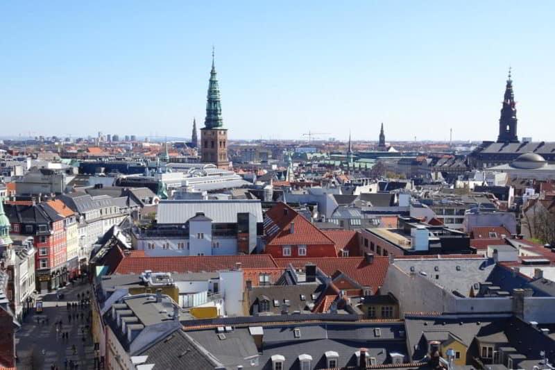 Sehenswürdigkeit in Kopenhagen: Runder Turm mit Ausblick auf die Fußgängerzone