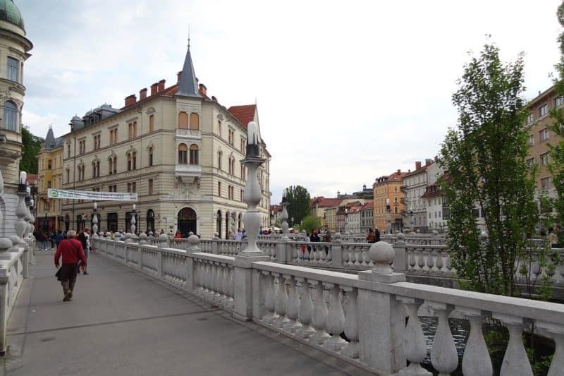 Der Prešeren-Platz mit den Tromostovje-Brücken
