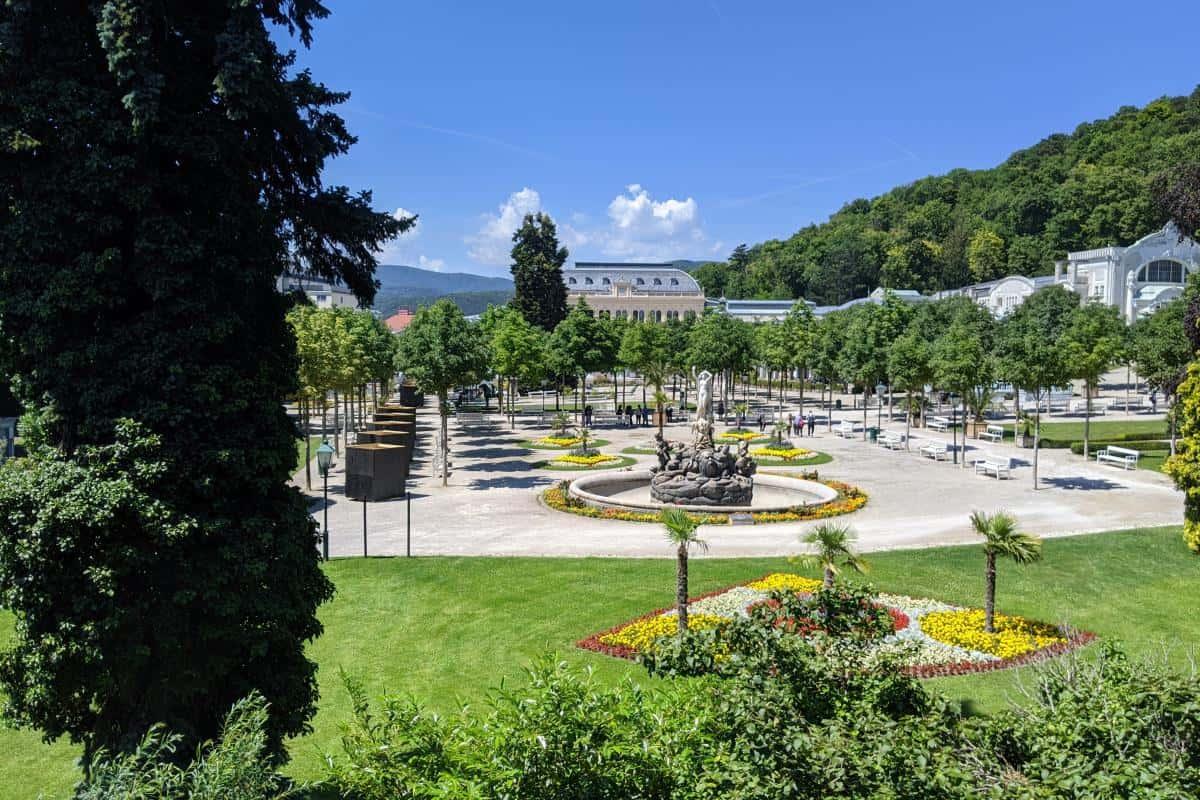 Blick auf den Kurpark in Baden